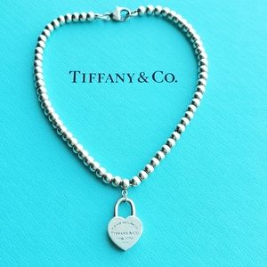 Retired Mini heart padlock bracelet
